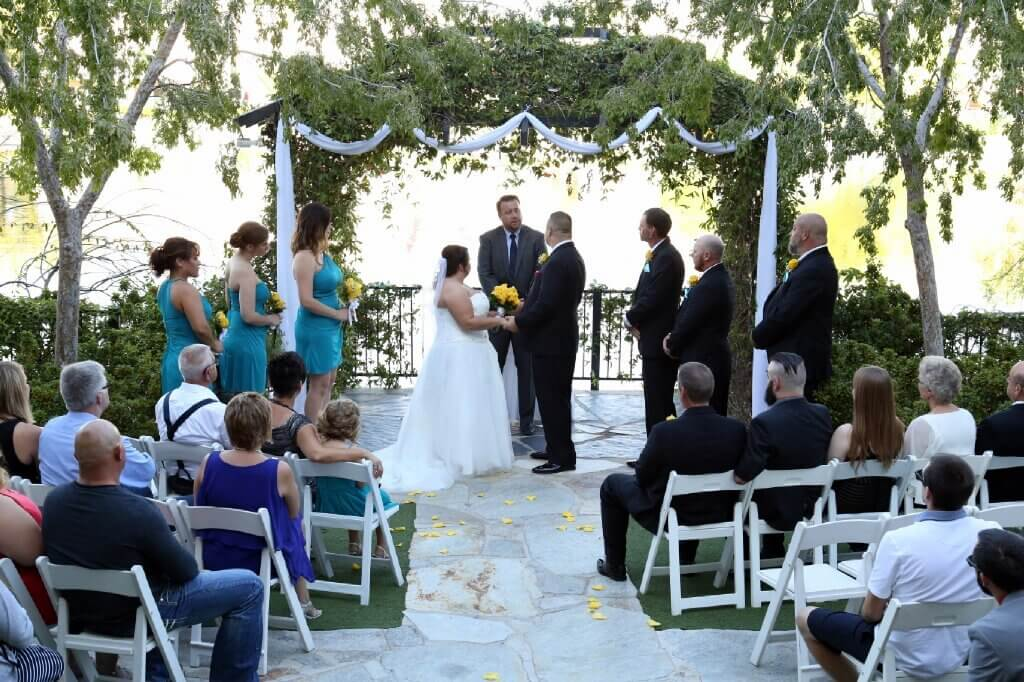 Grand Lakeside Emerald All Inclusive Wedding Reception Package