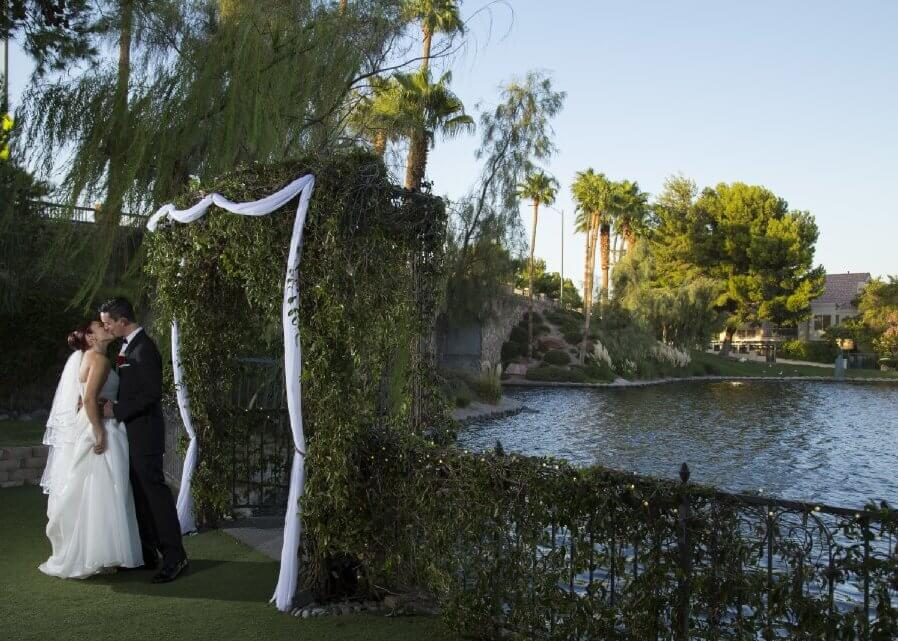 Las Vegas Nv Wedding Reception Venues Lakeside Weddings And Events