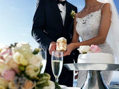 Las Vegas Waterfall Garden Wedding Cake and Champagne Special Package